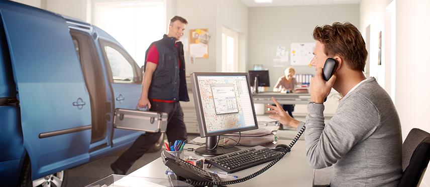 Avec e-tracs Localisez vos véhicules en temps réel